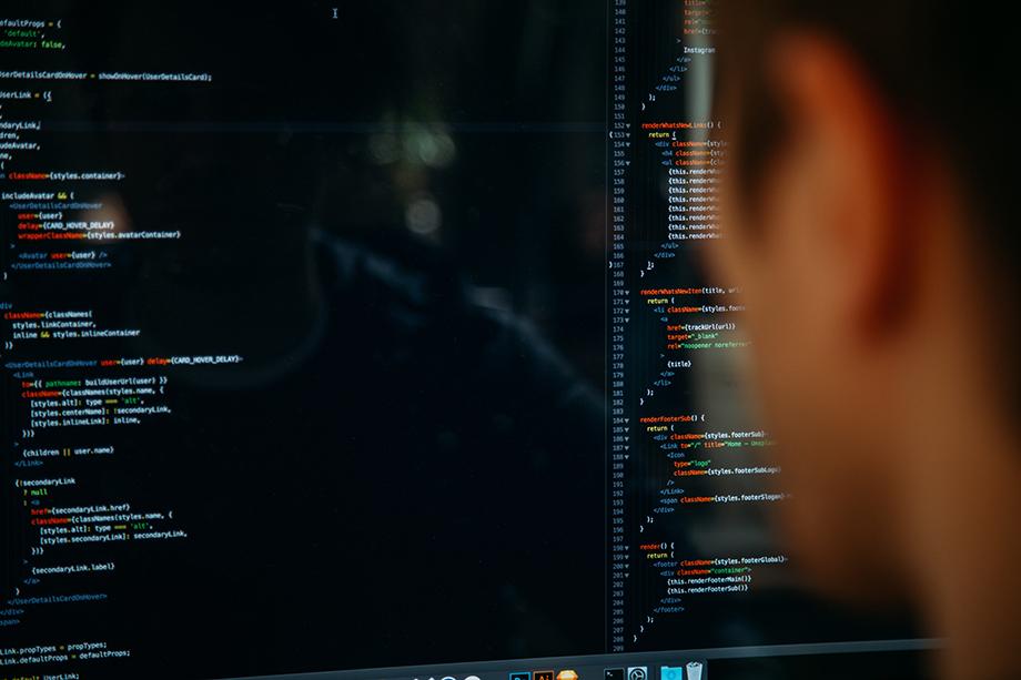 Подведомственный Роскомнадзору Главный радиочастотный центр разместил заказ на разработку системы, задачей которой будет поиск запрещённого контента в Глобальной сети.