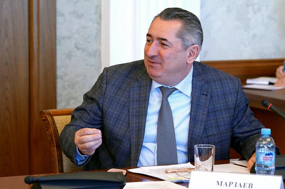 Исполняющий обязанности министра ЖКХ республики Алан Марзаев уверяет, что в ремонт теплосетей вложена основная часть выделенных министерству средств.