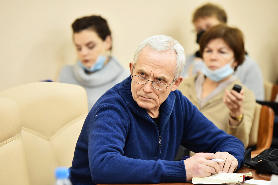 Николай Братенков публично раскритиковал политику главы республики.