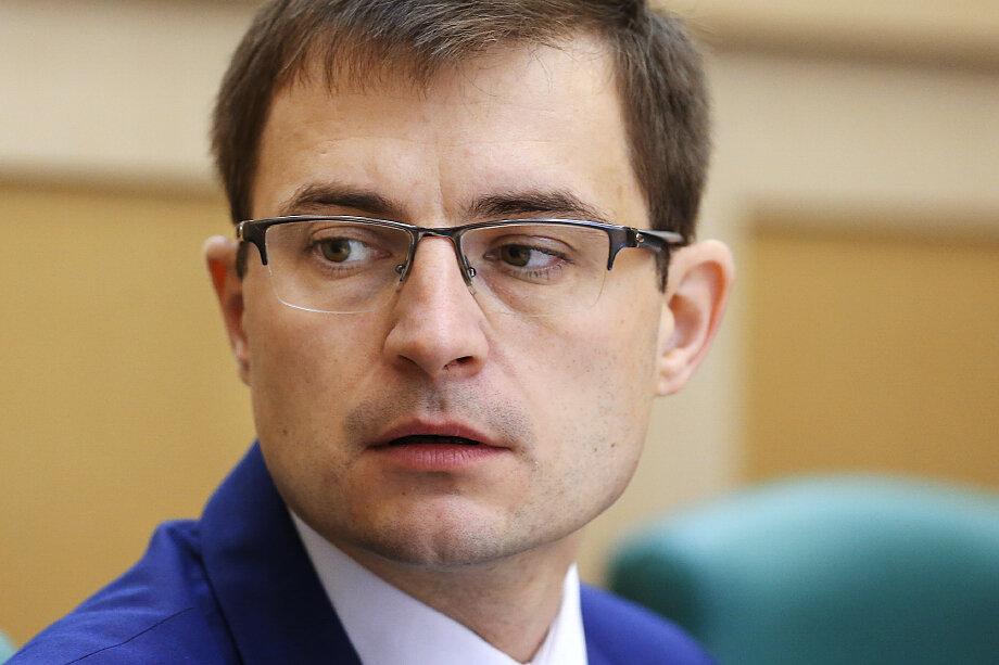 Дмитрий Шатохин написал заявление о добровольном сложении полномочий.