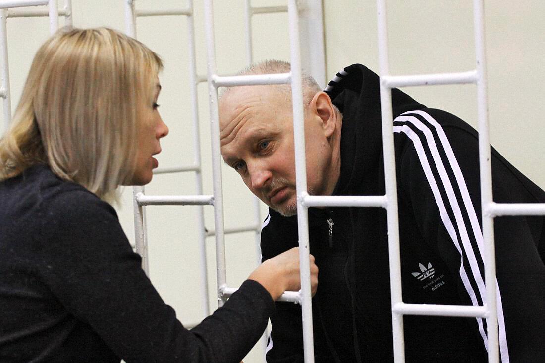 Татаренков указал на причастность Быкова к убийствам, но позже отказался от своих показаний.