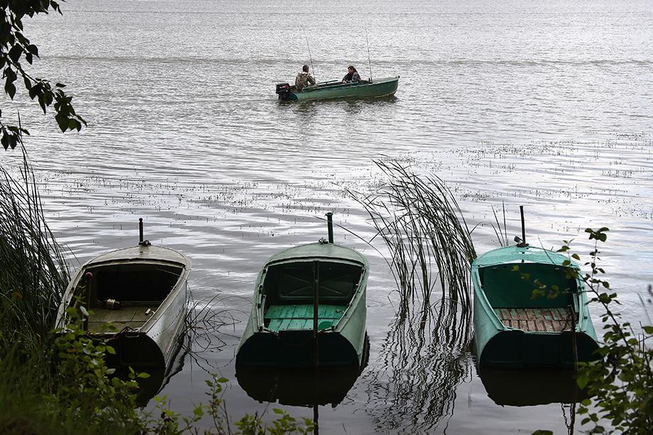 По словам садоводов, озеро является доступным бесплатным местом отдыха. Жители посёлка купаются в нём, ловят рыбу.