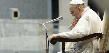 Усилились слухи о возможном отречении Папы Римского